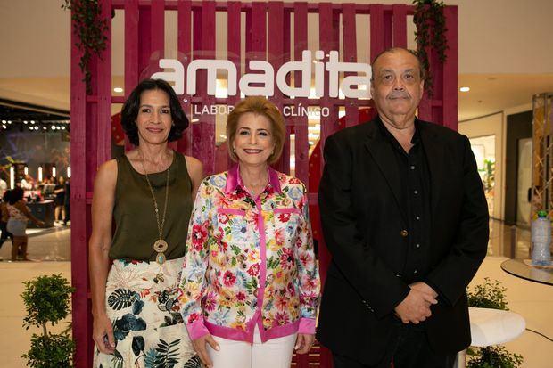 Madeline Durán, Patricia González  y Carlos García Lithgow.