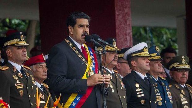 Maduro rompe relaciones diplomáticas y políticas de Venezuela con EE.UU.