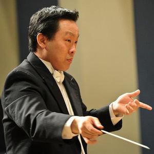 Maestro Gene Moon.