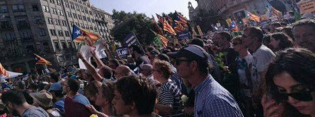 Medio millón de personas en la manifestación de Barcelona contra terrorismo