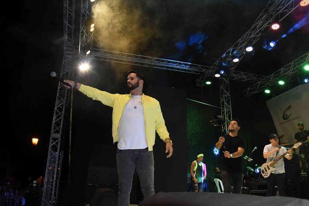Manny Cruz en apoteósico concierto en el cierre de la Noche Larga de los Museos