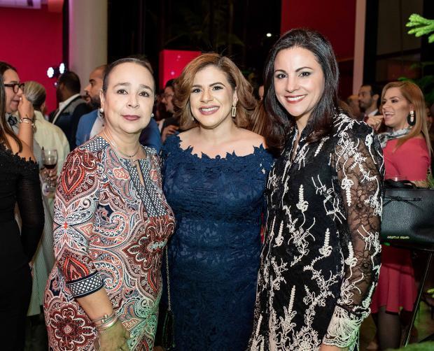María Cantisano, Soribel Rodríguez y Eselia Báez.