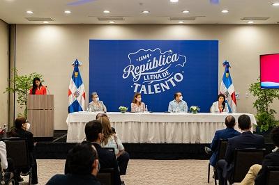 """Comisión Multisectorial Marca País: """"Los dominicanos plasmarán su creatividad en un logo"""""""