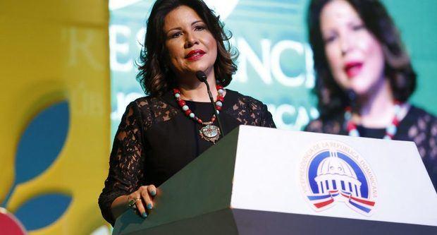 Margarita Cedeño afirma mayor participación de la mujer es clave para reducir desigualdad