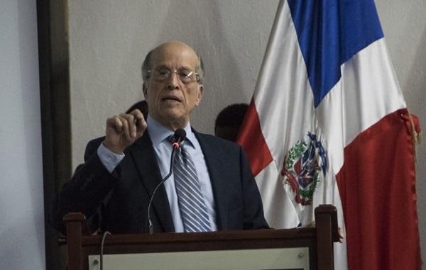 """""""Hay que integrar las comunidades al turismo y diversificar el dólar turístico"""", indica Max Puig"""