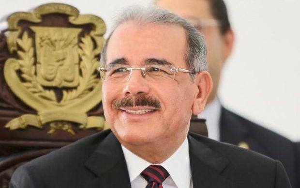 Danilo Medina felicita a la juventud dominicana al conmemorarse su día este viernes