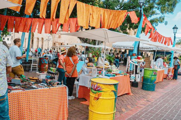 ADN inaugura mercado artesanal por 523 aniversario de la ciudad de Santo Domingo
