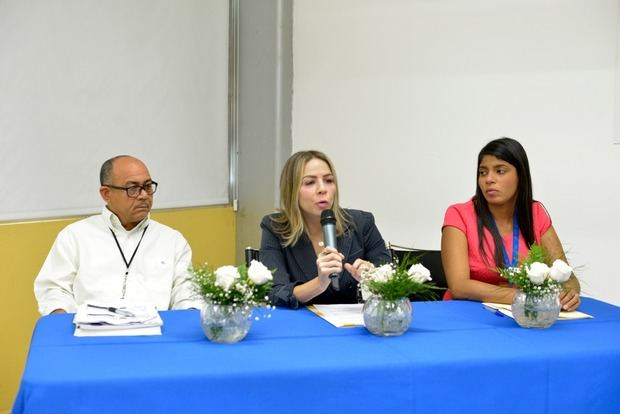 Ministerio de Medio Ambiente y Recursos Naturales organizó una Mesa de Cooperantes.