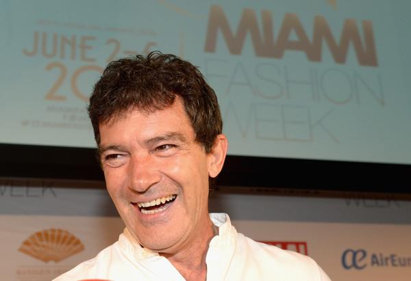 Antonio Banderas presenta una Miami Fashion Week en la que no todo es moda