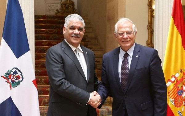 España y RD acuerdan reforzar la inversión y el comercio