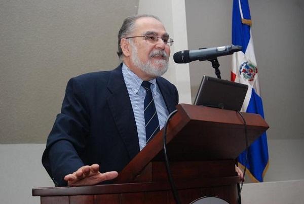 """Impartirán curso de especialización """"Economía Dominicana: Historia, Tendencias de Desarrollo y Coyuntura"""""""