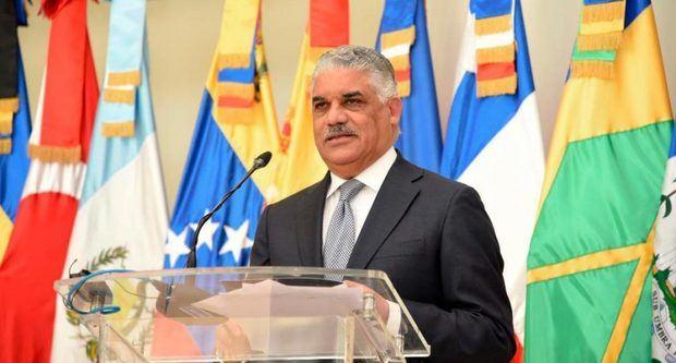 El ministro de Relaciones Exteriores, Miguel Vargas Maldonado.