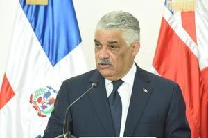 Miguel Vargas.