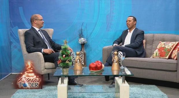 Gerente general de Edesur Dominicana, ingeniero Milton Morrison entrevistado por el periodista Federico Méndez.