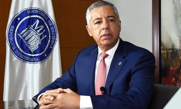 Exministro de Hacienda Donald Guerrero.