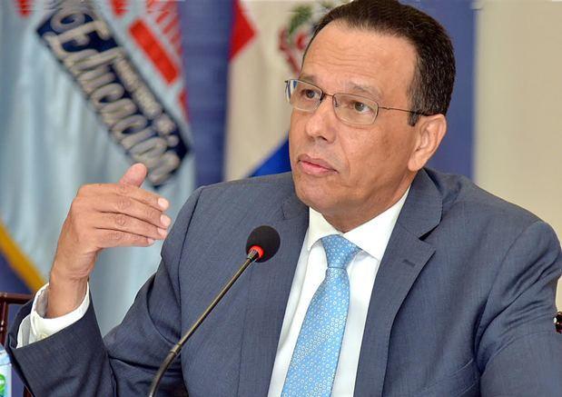 Peña Mirabal condena desórdenes de estudiantes en Santiago y Santo Domingo; sancionarán responsables