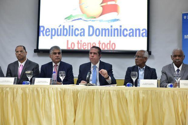 Ministro Turismo rechaza avalancha de muertes y asegura que RD es un país seguro