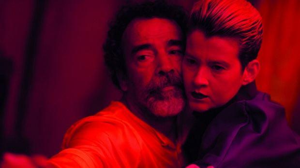 """Escena de la película """"Mosh"""", de Juan Antonio Bisonó."""
