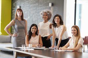 Dan apertura a Segunda Edición Feria del Programa de Empresarialidad Femenina 'Mujer Innova 2020'.