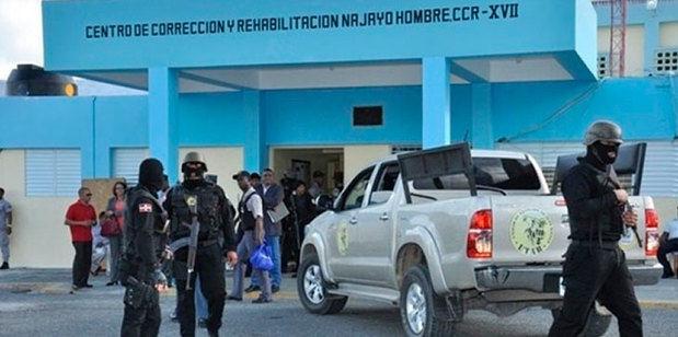 Trasladan al CCR Najayo Hombres a 7 de los imputados del Caso Pulpo