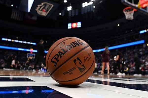 """""""NBA Together"""" recauda más de 80 millones para ayudar contra Covid-19."""