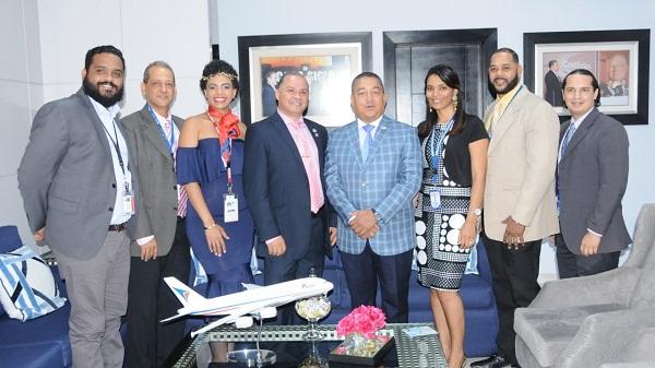 Herrera recibe nuevo comité directivo de la Unión Profesional de Controladores Aéreos Dominicanos