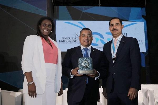 Otorgan al IDAC Oro en Premio Iberoamericano de la Calidad