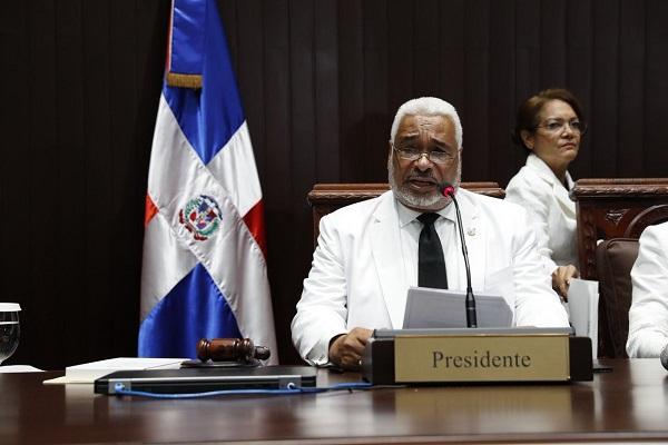 Nuevo presidente Diputados se compromete a impulsar aprobación Código Penal