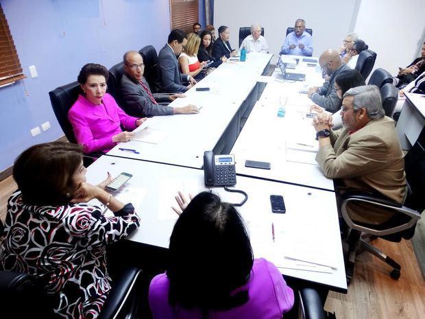 Tercera reunión del Comité Consultivo del Consejo Nacional para el Cambio Climático y Mecanismo de Desarrollo Limpio (CNCCMDL).