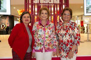 Nuria Sallent, Patricia González e Isabel Sallent.