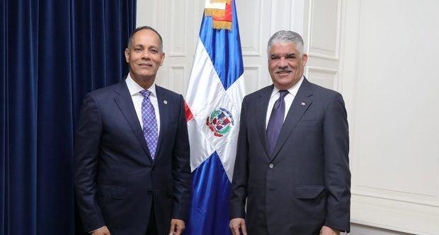Presidente Red Gobierno Electrónico Latinoamérica sostiene encuentro con Canciller RD