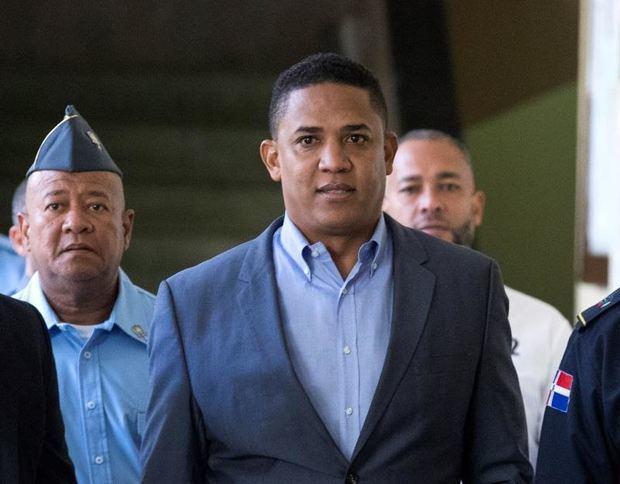 Juez desvincula al exlanzador dominicano Dotel de las acusaciones de lavado de activos