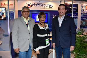 Octavio Vásquez , Darlene González y Huascar Ramírez