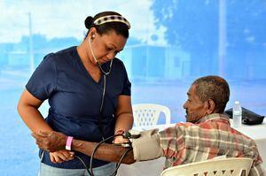 Más de dos mil personas atendidas en operativos médicos en no zafra.