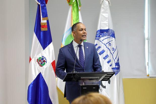Dir. general OPTIC, Ing. Armando García explicando la importancia de la norma #NORTICA8.