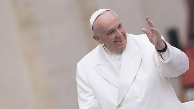 Papa Francisco ya está en Medellín, tercera fase del viaje en Colombia