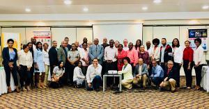 Grupo de asistentes y miembros, al taller de capacitación de BRA Dominicana
