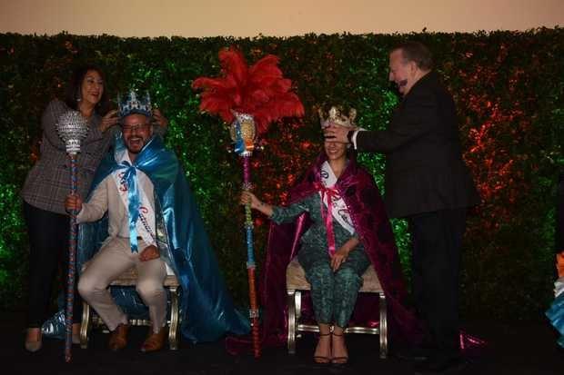 Frank Perozo y Nashla Bogaert coronados como rey y reina del Desfile Nacional de Carnaval 2019
