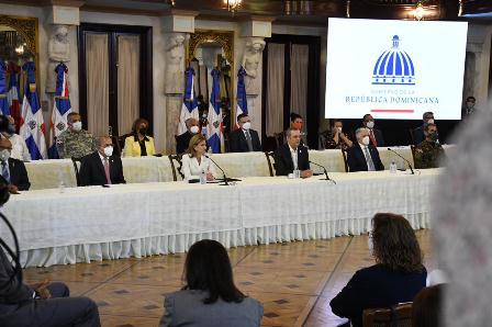Gobierno presenta Plan Nacional de Vacunación contra la COVID-19