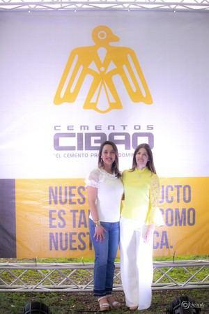 Carolina Hernández y Frindu Martìnez.