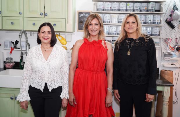 Marcela Flores, Pilar Flores y Katherine Mendez