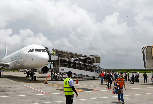 inauguran la ruta Miami Punta -Cana.