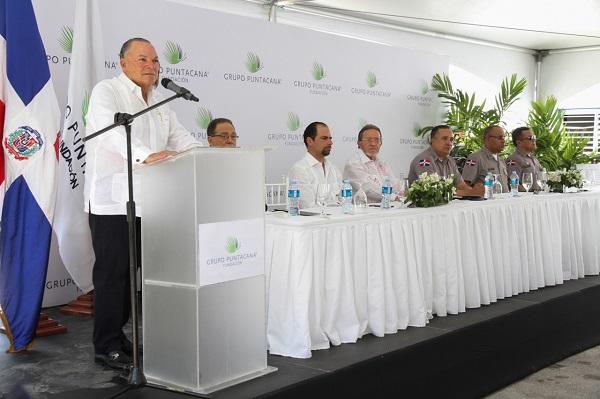 Grupo Puntacana entrega ampliación Departamento Policía Verón