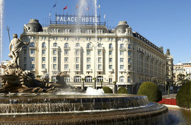 Fachada del Hotel Westin Palace.
