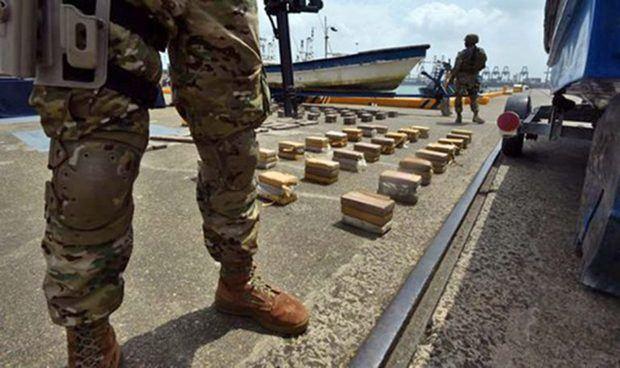 Detienen dos dominicanos, un venezolano y un colombiano con 220 kilos droga