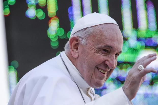 El Papa Francisco reza y pide más apoyo para enfermos de Alzheimer
