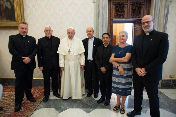 Papa Francisco recibe en el vaticano a representantes de Fe y Alegría