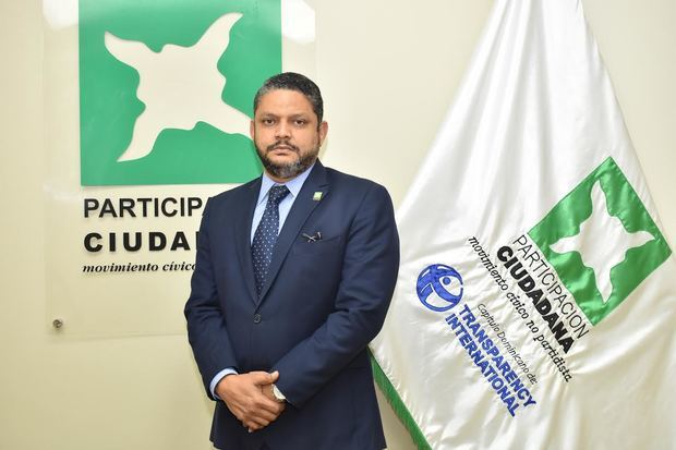 Coordinador General de PC condena acciones represivas frente al Congreso y rechaza intenciones reeleccionistas