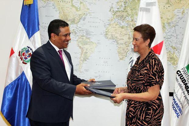 Firman acuerdo para desarrollar proyectos vinculados a migración