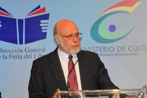 Presidente Medina nombra a Pedro Vergés como embajador en Canadá